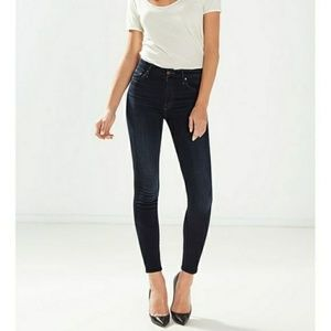 Mother The Looker Crop Jeans in coffee, tea or me